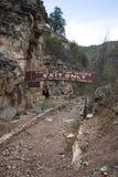 A caverna dos ventos danificou o sinal fechado da saída fotos de stock royalty free