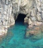 Caverna sul litorale Fotografie Stock Libere da Diritti