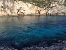 Caverna in un'acqua Immagini Stock