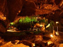 Caverna Vrelo no Gorski Kotar imagem de stock