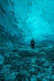 Cavernas de gelo Islândia Jokulsarlon Fotos de Stock Royalty Free
