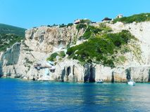 Cavernas do azul de Zakynthos foto de stock