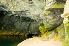 Caverne à la région de coup de Phong Nha KE (l'UNESCO) au Vietnam Image stock