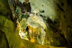 Caverne à la région de coup de Phong Nha KE (l'UNESCO) au Vietnam Photos libres de droits