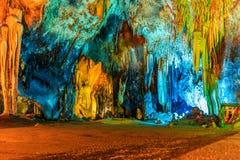 Caverne colorée photo libre de droits