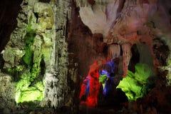 Caverne colorée Images libres de droits