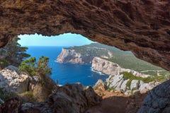Caverne dans le capo Caccia image libre de droits