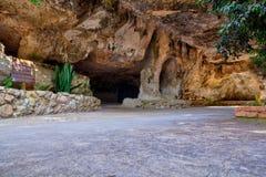 Caverne dans le sanctuaire des Di Lampedusa de Signora de remèdes de charlatan photographie stock