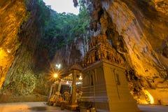 Caverne de Batu pendant le matin Photos stock