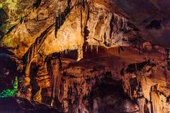 Caverne de Furong en parc national de géologie de Wulong Karst, Chine image stock
