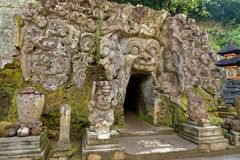 Caverne de gajah de Goa dans Bali images stock