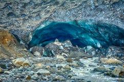 Caverne de glace de glacier chez Kverkfjoll Photo stock