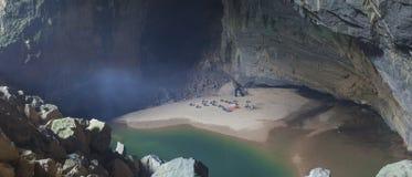 Caverne de Hang En Photos stock