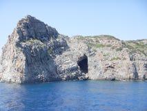 Caverne de mer en Crète, Grèce Photographie stock libre de droits