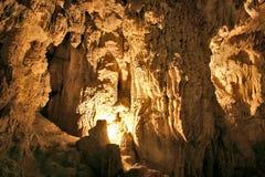 Caverne de pierre à chaux Images stock