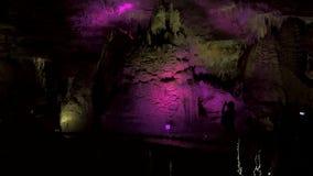 Caverne de PROMETHEUS georgia banque de vidéos