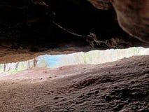 Caverne de Steigelfadbalm ou matrice Hoehle Steigelfadbalm sur la montagne de Rigi photographie stock libre de droits
