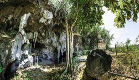 Caverne de Wat Thep Charoen près de Chumphon, Thaïlande photo stock
