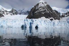 Caverne di ghiaccio Fotografia Stock Libera da Diritti