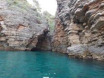 Caverne sauvage fantastique images libres de droits