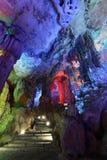 Caverne tubulaire guilin de cannelure images libres de droits