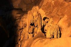 Cavernes de Borra, vallée d'Araku, Andhra Pradesh, Inde Images stock