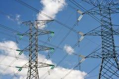 Cavi elettrici ad alta tensione Immagine Stock