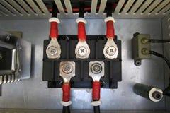 Cavi elettrici con il blocchetto terminali Fotografia Stock Libera da Diritti