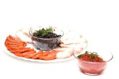 Caviar em uma placa com carne cortada Fotografia de Stock Royalty Free