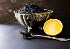 Caviar preto, aperitivo luxuoso da guloseima Foto de Stock Royalty Free