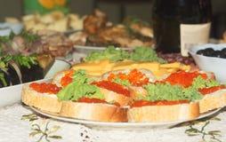 Caviar rouge d'une plaque Photo libre de droits