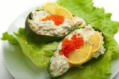 Caviar vermelho com abacate e salada Imagem de Stock Royalty Free