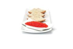 Caviar vermelho com pão cortado foto de stock royalty free