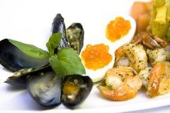 Cavier com camarões fritados Imagens de Stock Royalty Free