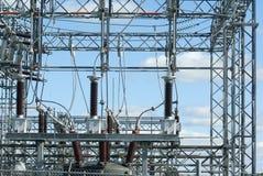 """cavo ad alta tensione di distribuzione di elettricità della centrale elettrica del ¿ del ï"""" Immagine Stock"""
