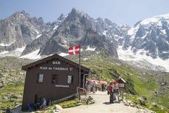 Cavo della stazione - 2317 m., sull'itinerario Chamonix-Mont-Blanc ad Aiguille du Midi Fotografie Stock