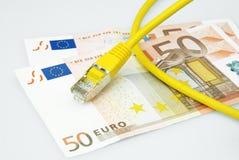 Cavo di lan con euro soldi Fotografie Stock