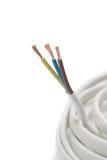 Cavo elettrico su priorità bassa bianca fotografie stock libere da diritti