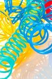 Cavo multicolore del calcolatore isolato su bianco fotografia stock