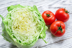 Cavolo e pomodori Immagine Stock