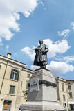 Cavour雕象在维罗纳,意大利 免版税库存图片