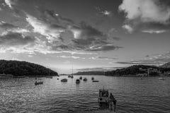 Cavtat的堤防 杜布罗夫尼克市 克罗地亚 黑色白色 免版税图库摄影