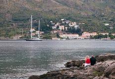 Cavtat的堤防 杜布罗夫尼克市 克罗地亚 免版税库存照片