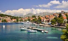 Cavtat -镇在达尔马提亚,克罗地亚 库存图片