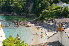 Cawsand wyrzucać na brzeg Cornwall Anglia Zjednoczone Królestwo na Rame półwysepie przegapia Plymouth dźwięka Fotografia Stock