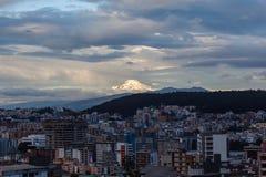Cayambe wulkan widzieć od Quito Obraz Royalty Free