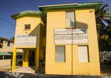 Caye Caulkerpolisstation Belize Arkivbilder