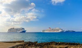 Cayman Islands-Cruise Ships royalty free stock photos