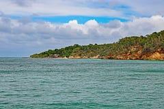 Cayo Saetia, Cuba da água foto de stock