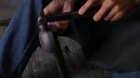 Cazador del cobre en el trabajo metrajes